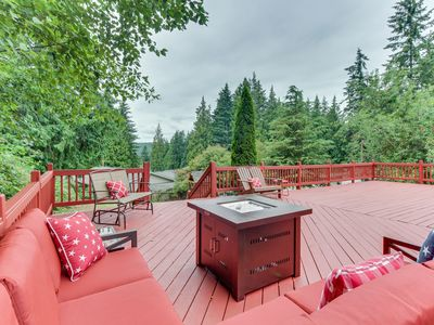 Photo for NEW LISTING! Spacious, modern house w/ deck & great location near lake & town