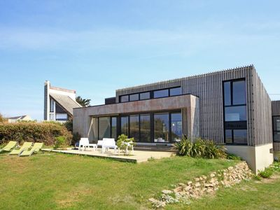 Photo for 4 star architect villa with Pool, direct access to the beach