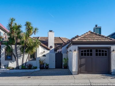 Photo for Capitola Oceanside - Beachfront!