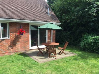 Photo for Delightful cottage in the heart of Bembridge