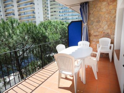 Photo for Platja d'Aro Apartment 2nd ligne sea - second floor with parking
