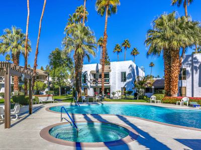Photo for Poolside Luxury in S. Palm Springs. 2BR/2 Bath