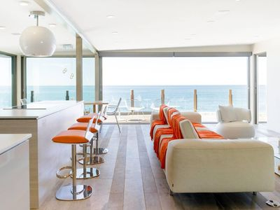 Photo for Refurbished Hi-Tech Hideaway Bordering the Ocean: simply magnificent