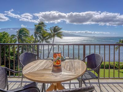 Photo for Maalaea Banyans #403 2Bd/2Ba Excellent Ocean Front Location, Whales in Season