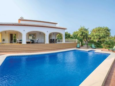 Photo for Family 3 bed villa with private pool