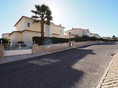 Photo for 4 bedroom villa with private heated pool, garden and barbecue