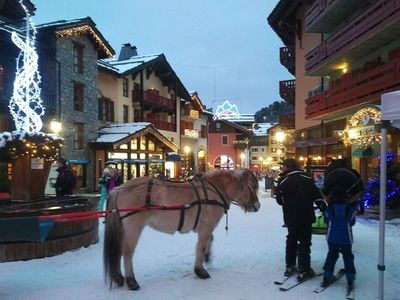 Photo for Luxurious & spacious 5* apartment in the stunning ski in/out village Arc 1950