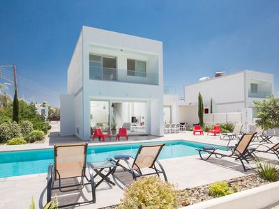 Photo for Cyprus In The Sun Celebrity Hollyoaks Villas 2345 Platinum