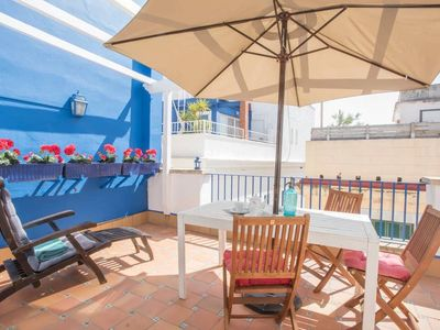 Photo for Attic Boat with Terrace in the center of Sitges - Barco Ático con terraza para 2 personas