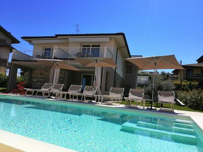 Photo for Charming apartments with pool in Lazise on Lake Garda.