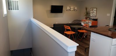 NEW Carriage Cottage Apartment Downtown @ The Monon Trail!