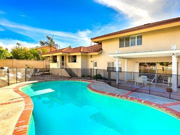 Search 819 holiday rentals