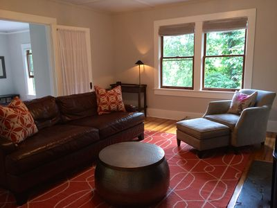 Photo for Sunny 2 Bed-1 Bath Fully-Updated, Quaint Cottage Close to Everything!