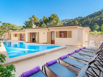 Photo for 6 bedroom Villa, sleeps 12 in Sant Vicent de sa Cala with Pool, Air Con and WiFi