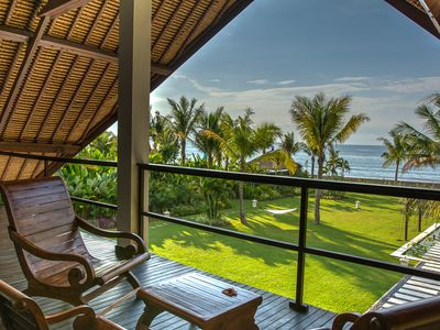 Photo for Luxurious Balinese villa on the beach