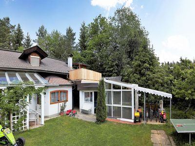 Photo for Apartment with pool between lakes Faakersee and Wörthersee,  and the Gerlitzen ski area.