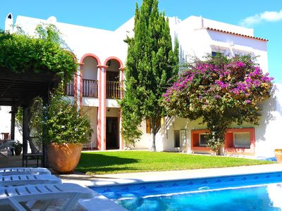 Photo for Beautiful, central and comfortable family villa