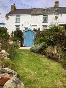 Photo for ARALLT, family friendly, with open fire in Llithfaen, Ref 935884