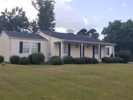Photo for 4BR House Vacation Rental in Thomson, Georgia