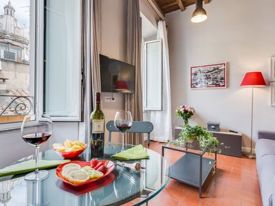 Photo for Grotta Pinta 9 | Bright apartment in the center of Rome