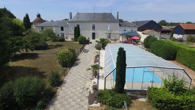 Photo for In large estate with swimming pool: 1 bedroom apartment for 4 people