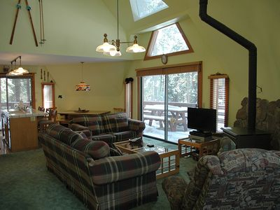 Photo for Kennedy: 3 BR / 2 BA house/cabin in Tahoe City, Sleeps 6