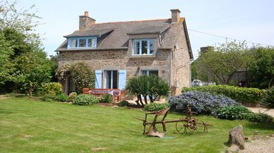 Photo for Country Cottage (3 Bedrooms, Sleeps 4-5) Near Dinan