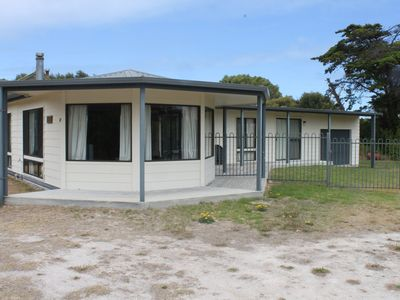 Photo for LAWLORAC LODGE - 43 Laurel Terrace Robe, SA