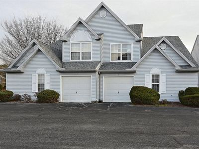 Photo for LINENS & DAILY ACTIVITIES INCLUDED*! COMMUNITY POOL/GAS GRILL/WIFI/PARKING FOR 4