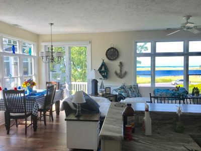 Photo for Completely Updated Lake View Condo