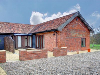 Photo for Buttercup Lodge - Two Bedroom House, Sleeps 4
