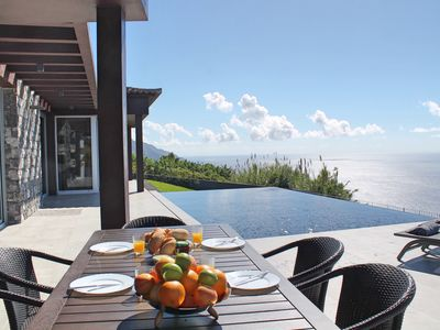 Photo for Modern cliff-top villa, panoramic sea-views, A/C, heated pool | Cliffscape