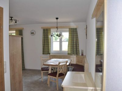 Photo for Holiday apartment Leonsberg - Maislbauer