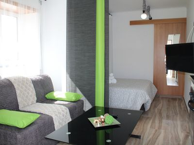 Photo for Green Studio with private patio, 200 meters, 3 min by foot Beach of Peniche