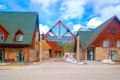 Choose Mystic Springs as your basecamp when you explore the Rockies!