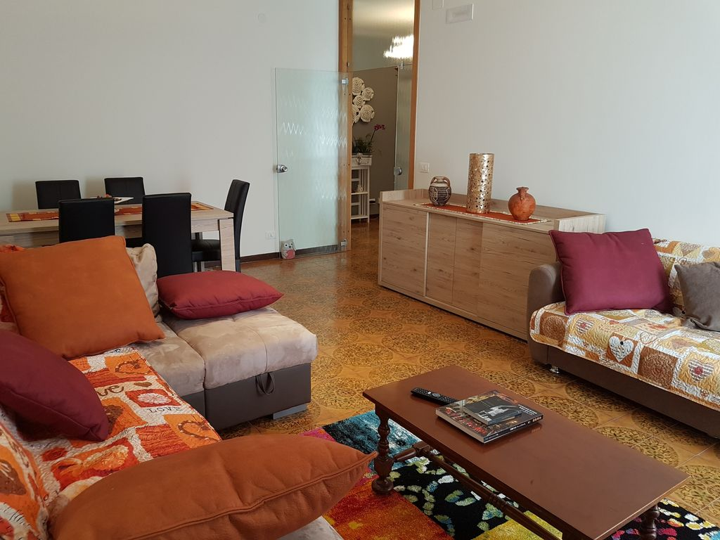 BELLALINDA: 130sqm Apartment In Mestre