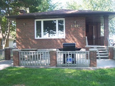 Photo for 2BR Cottage Vacation Rental in Lakeshore, ON