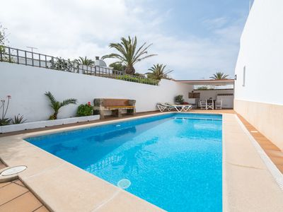 Photo for Near the beach with roof terrace and pool - Villa Leida