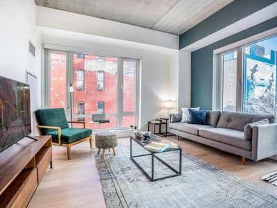 Photo for Mod 1BR in South End w/ Gym, Pool, and Doorman by Blueground