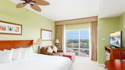 """Studio - Welcome to your studio condo in Miramar Beach! This condo is outfitted with a king-size bed, 40"""" TV with a DVD player."""