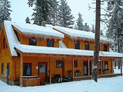 Photo for Log Mountain Lodge on 3 private acres with Hot Tub