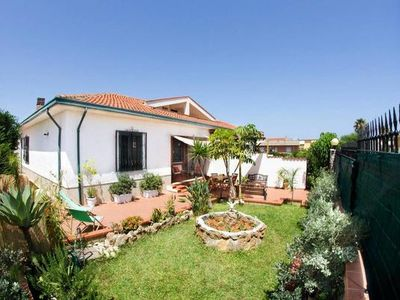 Photo for Holiday house Trappeto for 5 - 7 persons with 3 bedrooms - Holiday house