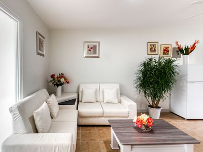 Photo for Beautiful, ground-floor apartment w/ shared pool, & pool spa