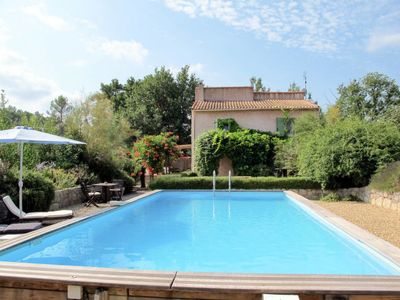 Photo for 3 bedroom Villa, sleeps 6 in Lorgues with Pool and WiFi
