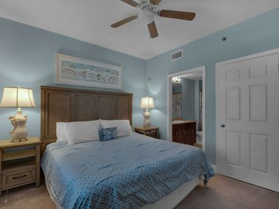 Photo for Lake View, Newly updated, One Bedroom Condo at Popular Laketown Wharf Plus Free Fun Included!