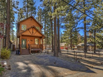 Photo for Sherwood Forest: Log Style Modern Mountain Getaway with Open Concept Living & Spacious Fenced Yard!