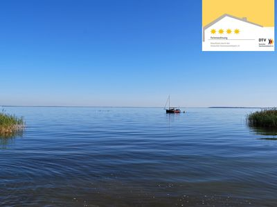 Photo for Large family-friendly luxury holiday home, 6 bicycles, WiFi, 300m to the Müritz