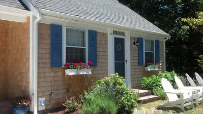 Photo for Charming 2 Bedroom Cottage in Historic Yarmouth Port