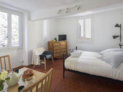 Photo for Air conditioned flat in the historic center.