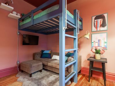 Southwest Studio Bunk - Minutes from Downtown